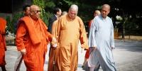 缅甸蒂达固大学校长阿欣·辇尼萨拉长老一行拜访省佛协、参访大慈恩寺 - 佛教在线